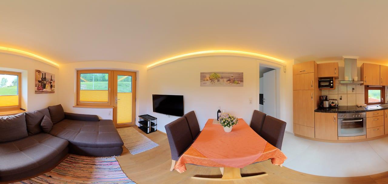 Koasablick Wohnraum und Küche