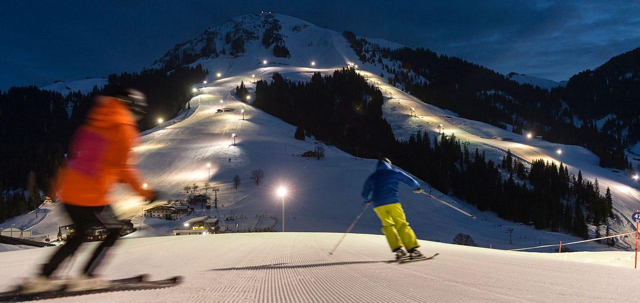 Nacht Skifahren in Söll